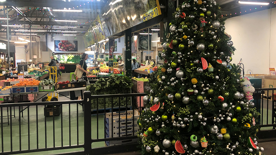 Find festive fun at Camberwell Fresh Food Market this Christmas